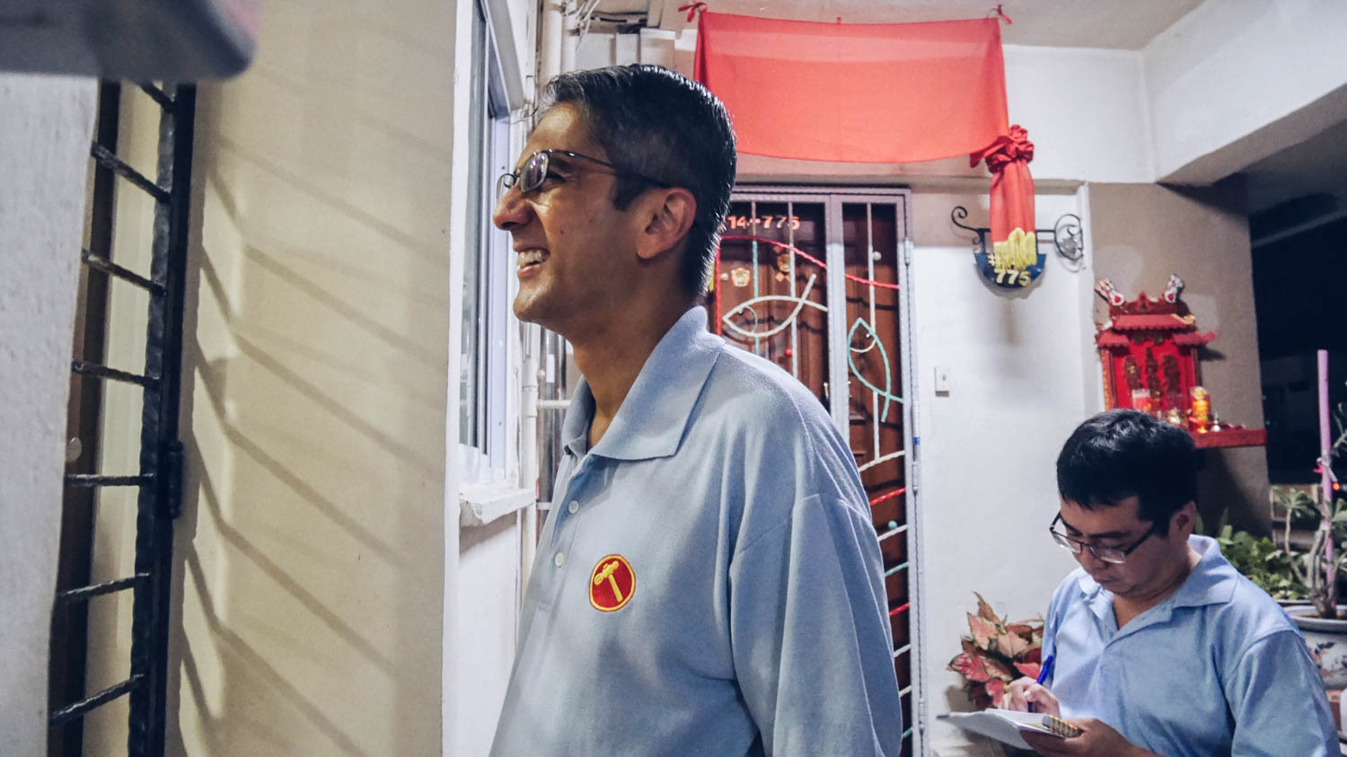 NCMP Leon Perera during his house visits
